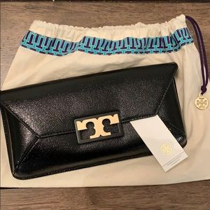 Tory Burch clutch BRAND NEW GIGI PATENT CLUTCH